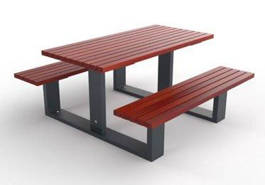 PARK PICNIC TABLES